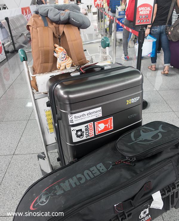 airasia-luggage